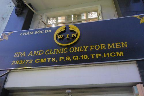 """Cơ sở spa tuyển """"mỹ nam"""" trẻ đẹp """"phục vụ"""" quý ông ở Sài Gòn - Ảnh 1"""