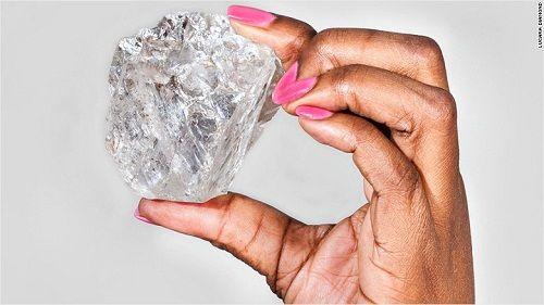 Phát hiện viên kim cương lớn nhất thế kỷ, nặng tới 1.111 carat - Ảnh 1