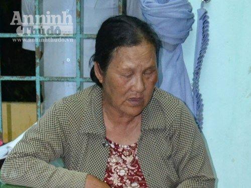 Người phụ nữ gần 60 tuổi đi xe khách cùng với 4000 kíp nổ - Ảnh 1