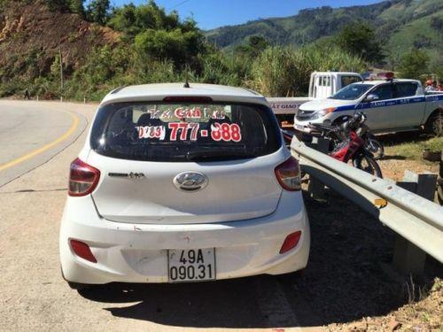 Truy nã đối tượng bỏ trốn vụ cướp taxi trốn vào rừng ở Lâm Đồng - Ảnh 1