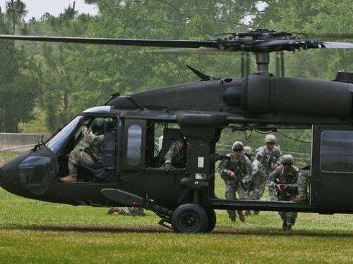 Trực thăng quân sự rơi ở Mỹ, 4 người thiệt mạng - Ảnh 1