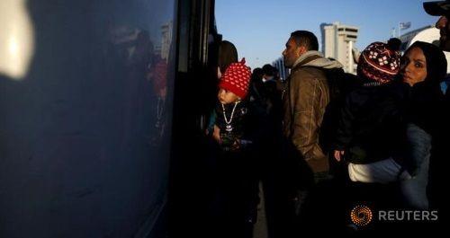 Hy Lạp tiến hành đợt tái định cư người tị nạn đầu tiên đến Luxembourg - Ảnh 1
