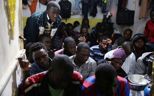 """Libya cảnh báo sẽ """"gửi"""" hàng trăm nghìn người di cư đến châu Âu - Ảnh 2"""