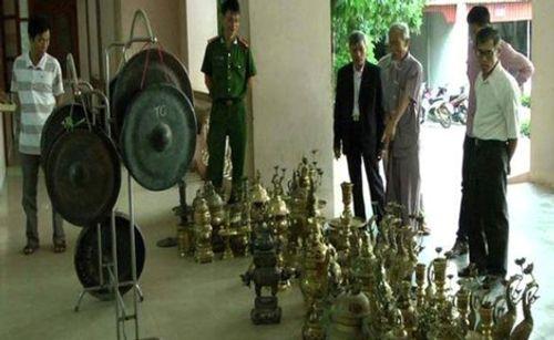 """Bắt """"đạo chích"""" chuyên trộm đồ thờ cúng ở Nghệ An - Ảnh 2"""