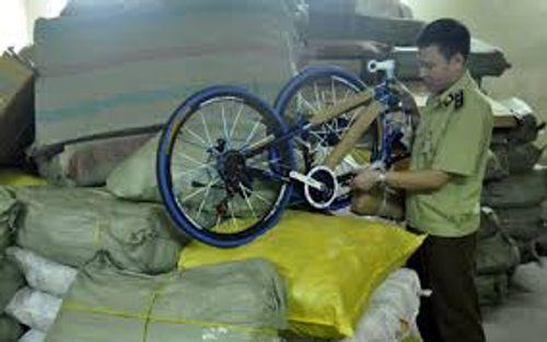 Vị giám đốc tuồn lượng khủng hàng lậu Trung Quốc về Việt Nam - Ảnh 1