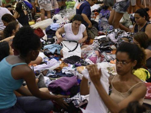Vỡ đập, lũ bùn nhấn chìm nhà cửa tại Brazil, hàng chục người mất tích - Ảnh 2