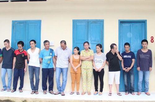 Vừa ra tù, 2 anh em lại cầm đầu đường dây tiêu thụ tiền giả xuyên Việt - Ảnh 1