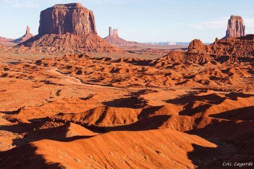 Đẹp mê hồn những vùng sa mạc nổi tiếng thế giới - Ảnh 3