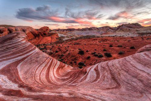 Đẹp mê hồn những vùng sa mạc nổi tiếng thế giới - Ảnh 5