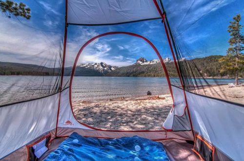 20 bức ảnh thiên nhiên tuyệt đẹp chụp từ lều trại - Ảnh 1