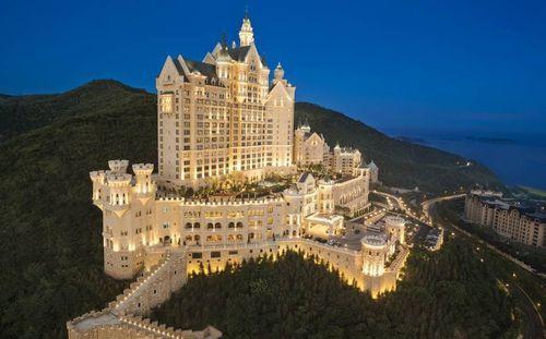 10 khách sạn lâu đài đẹp nhất thế giới - Ảnh 3