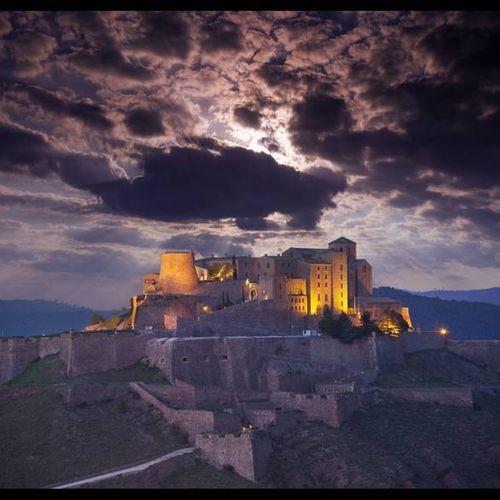 10 khách sạn lâu đài đẹp nhất thế giới - Ảnh 10