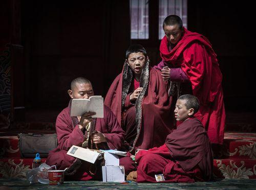 Cận cảnh Học viện Phật giáo lớn nhất thế giới - Ảnh 8
