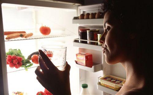 Nhịn ăn ban đêm giảm nguy cơ tiểu đường và ung thư vú - Ảnh 1