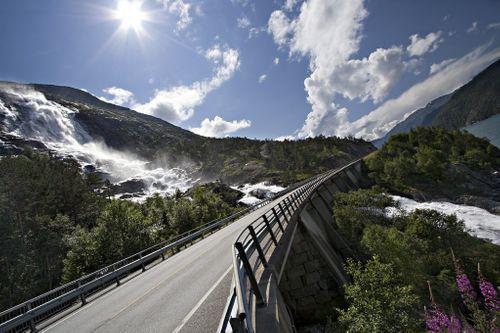 Chiêm ngưỡng 20 thác nước đẹp nhất thế giới - Ảnh 18