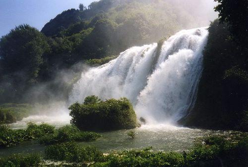 Chiêm ngưỡng 20 thác nước đẹp nhất thế giới - Ảnh 7