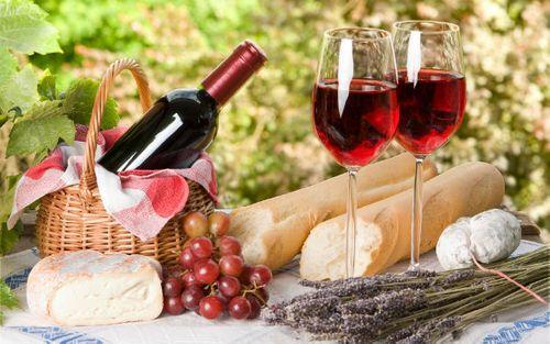 Tác dụng giảm cân của rượu vang đỏ - Ảnh 1