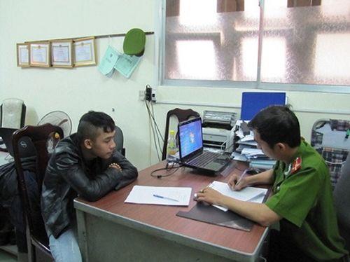 Kẻ truy sát cả gia đình ở Đà Nẵng ra đầu thú - Ảnh 1