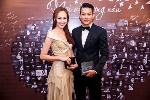 Kim Duyên khoe dáng trong sự kiện từ thiện của Kyo York - Ảnh 2