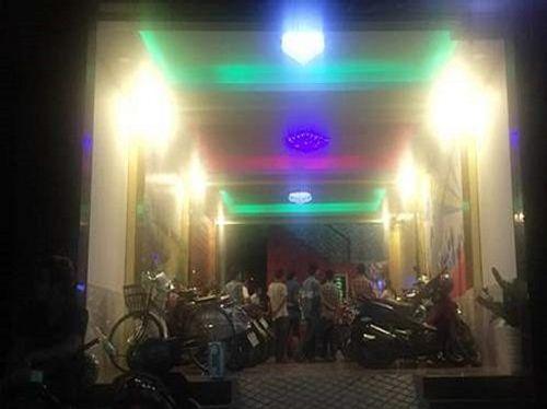 Thanh niên bị đâm chết trong quán karaoke ở Sài Gòn - Ảnh 1