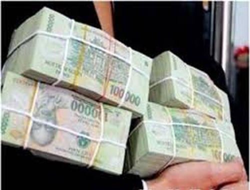 Ba cán bộ xã bán đất, trục lợi 8 tỷ đồng - Ảnh 1