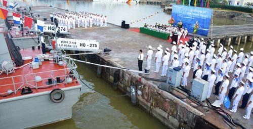 Hải quân Việt Nam tiếp nhận thêm 2 tàu pháo tuần tiễu hiện đại - Ảnh 1