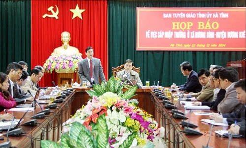 Hà Tĩnh tạo mọi điều kiện để học sinh Hương Bình trở lại trường - Ảnh 1