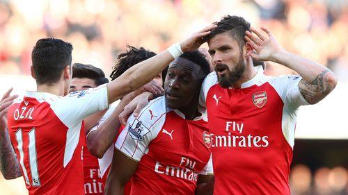 Welbeck lập siêu phẩm volley hạ Norwich, Arsenal trở lại Top 3 - Ảnh 1