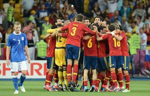 Người dân Tây Ban Nha có thể không được xem Euro 2016 qua tivi - Ảnh 1