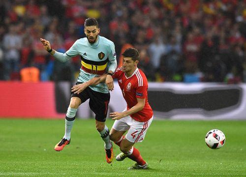 Trọng tài thiên vị, Bỉ mất oan một quả penalty - Ảnh 1
