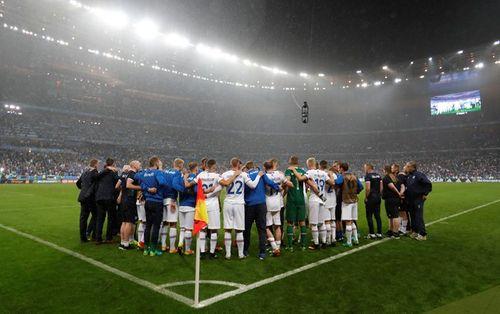 Thua trận, Iceland vẫn ăn mừng, thị uy ấn tượng - Ảnh 7