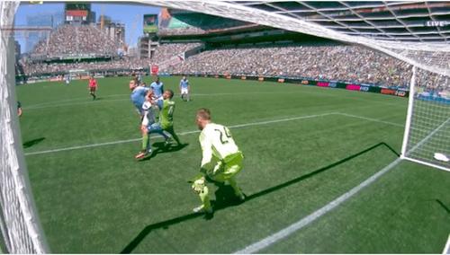 """Lampard """"gây bão"""" nước Mỹ với bàn thắng bằng tay - Ảnh 1"""