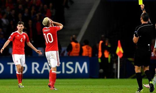 Danh sách cầu thủ bị treo giò tại bán kết EURO 2016 - Ảnh 1