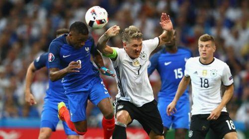 """Schweinsteiger cay đắng phá kỷ lục trong ngày gây """"thảm họa"""" - Ảnh 1"""