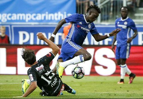 Dàn sao trẻ nổ súng, lần đầu Chelsea thắng trận với Conte - Ảnh 1
