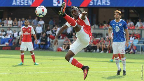 """Bị """"hung thần"""" Drogba xé lưới, Arsenal vẫn giành chiến thắng trên đất Mỹ - Ảnh 1"""