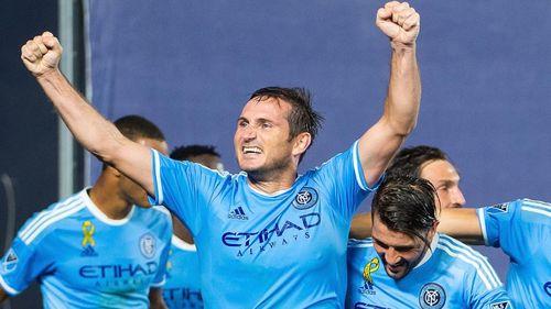 7 phút ghi 2 bàn, Lampard giúp New York City ngược dòng thần thánh - Ảnh 1