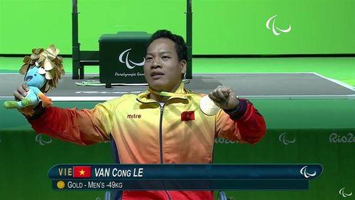Lê Văn Công giành huy chương vàng đầu tiên, phá kỷ lục thế giới - Ảnh 1