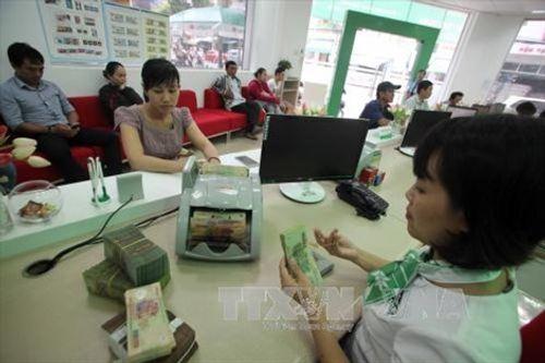 Thận trọng khi giao dịch ngân hàng để bảo vệ tài khoản - Ảnh 1