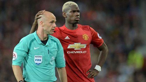 Mourinho gặp họa trước trận Liverpool vs Man Utd - Ảnh 1