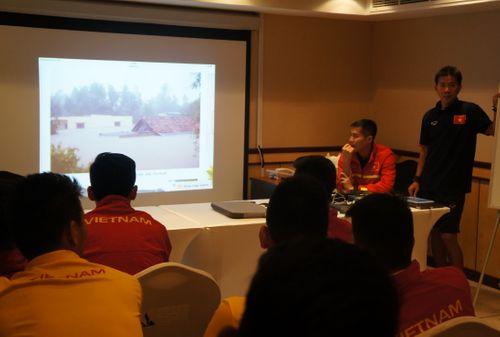 """Được """"tiêm doping tinh thần"""", U19 Việt Nam sẽ tiếp tục gây bất ngờ trước UAE? - Ảnh 1"""