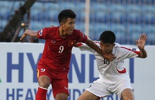 Những pha bỏ lỡ không tưởng trong trận U19 Việt Nam vs U19 UAE - Ảnh 1