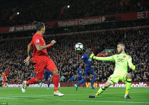 """MU """"hút chết"""" trước Liverpool ở derby nước Anh - Ảnh 1"""