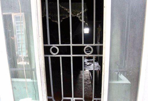 Hiện trường vụ hỏa hoạn ở Hà Nội khiến 4 người trong gia đình thiệt mạng - Ảnh 5