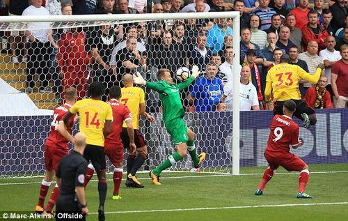 Phòng ngự tệ hại, Liverpool nhận trái đắng ngày khai màn đúng phút bù giờ - Ảnh 1