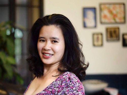 """Nhà báo Võ Hồng Thu: """"Khó chấm dứt việc dư luận soi mói hoa hậu"""" - Ảnh 1"""