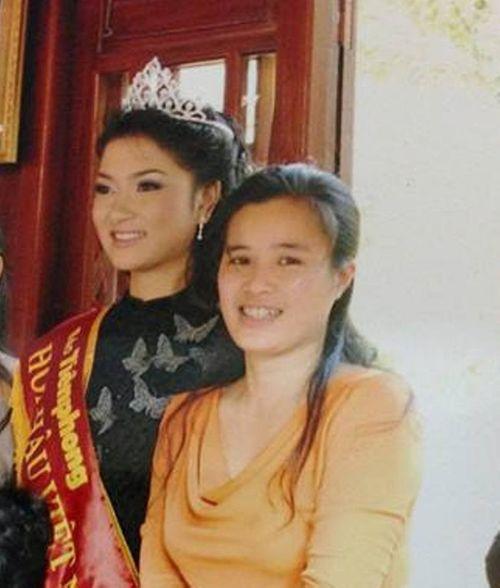 """Nhà báo Võ Hồng Thu: """"Khó chấm dứt việc dư luận soi mói hoa hậu"""" - Ảnh 2"""