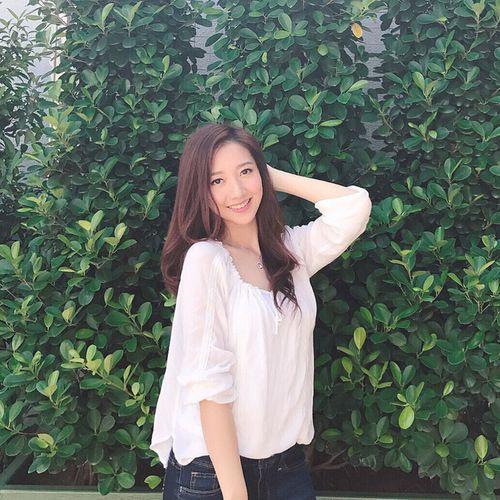 Dư luận Hồng Kông bức xúc vì Hoa hậu 2017 răng hô xấu xí, Á hậu lại có nhan sắc tuyệt trần - Ảnh 8