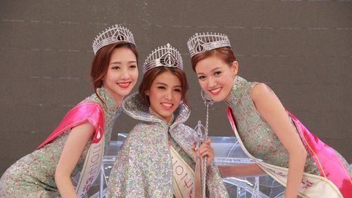Dư luận Hồng Kông bức xúc vì Hoa hậu 2017 răng hô xấu xí, Á hậu lại có nhan sắc tuyệt trần - Ảnh 1