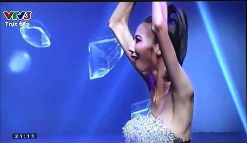 Kim Dung đăng quang, nhưng đây là là nhân vật được chú ý nhất đêm chung kết Next Top 2017 - Ảnh 2